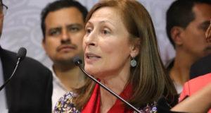 Tatiana Clouthier exhibe a diputados que votaron contra eliminación del fuero