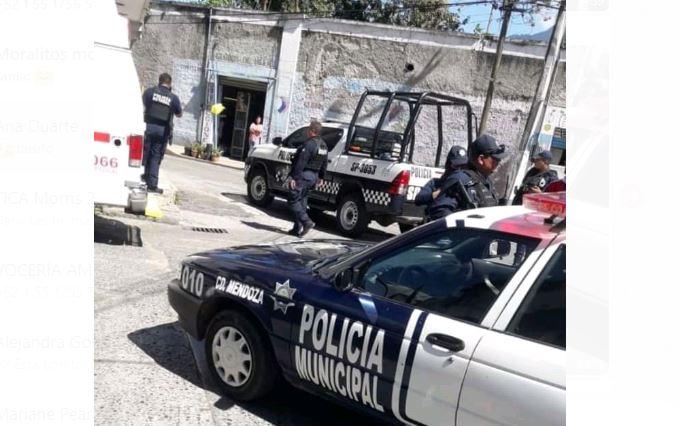 Policía Estatal de Veracruz y marinos custodian velorio de Valeria Medel