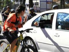 En toma de protesta AMLO usó frase de una ciclista que se le acercó; 'no tienes derecho a fallarnos'