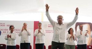 Presenta AMLO Programa Nacional de Electricidad; 'no se cerrarán plantas de CFE'
