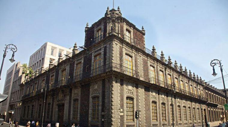 Palacio De Los Condes De San Mateo De Valpara So Ser