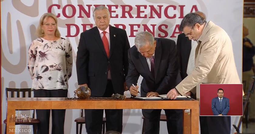 AMLO firma cierra prisión de Islas Marías; será centro turístico y cultural