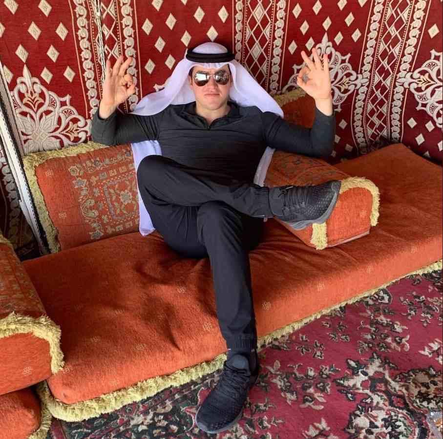 'Gobierno chafa que tenemos', dice senador tras visitar Qatar
