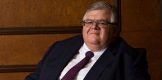 AMLO: Carstens repartía 'moche' para aprobación del presupuesto