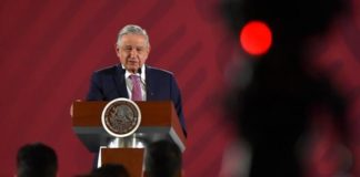 El Estado es responsable de la seguridad. No a las autodefensas, AMLO