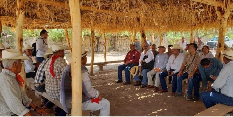 Reunión de Semarnat con tribu Yaqui