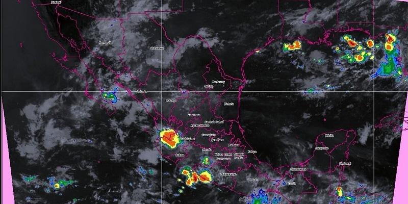 Fuertes lluvias en Chiapas y ambiente caluroso en la frontera norte