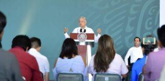 AMLO analiza consulta ciudadana para legislación de drogas