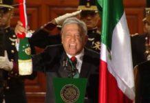 """""""¡Viva el heroico pueblo de México""""!, AMLO da grito de Independencia"""