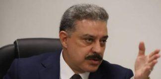 SFP inhabilita farmacéuticas de Carlos Lomelí por información falsa