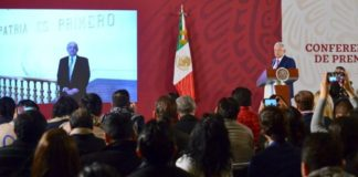 AMLO: Todos al Zócalo para reafirmar gobierno democrático