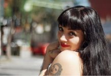 Mon Laferte lanza reggaetón de protesta