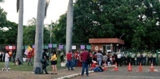 Brasil, desalojan embajada de Venezuela