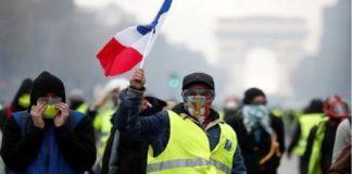 Francia, aniversario de chalecos amarillos