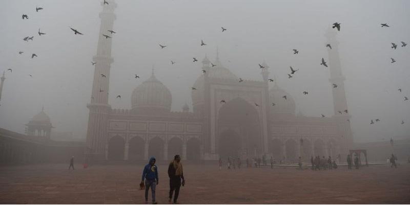 Nueva Delhi bajo nube tóxica