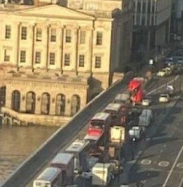 Ataque en Puente de Londres deja 5 heridos y un hombre detenido