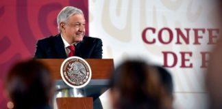 AMLO: Gustavo de Hoyos no representa a empresarios, está en campaña