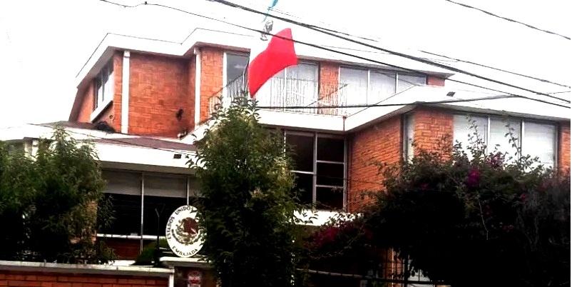 México denuncia asedio del Gobierno boliviano a su embajada en La Paz