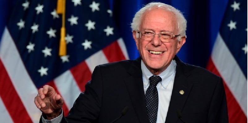 Sanders por abrir puertas