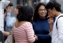 Humo impregnado de cigarro causa daño a no fumadores
