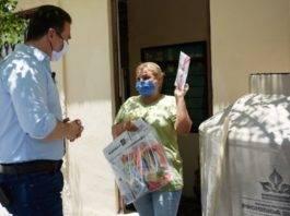 Abren investigación contra Adrián de la Garza por entrega de tarjetas en NL